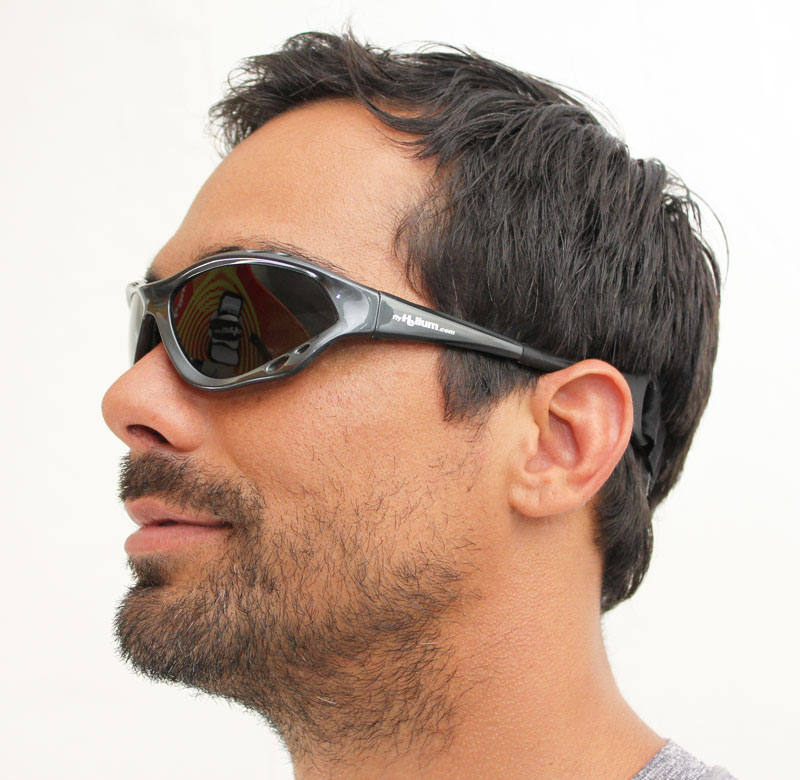Full wrap-around protective water sports sunglasses