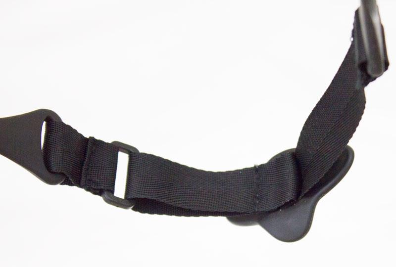 Adjustable strap.Water sports sunglasses